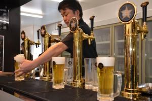 トイックな開発精神が高まりまくって結晶したような絶品ビールが、絶品のまま、樽生で、「樽生」で、提供されるのです!