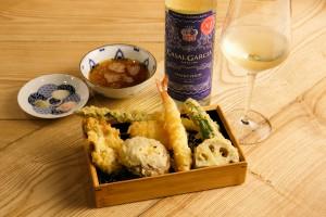 【行ったら誰かに話したくなる】ポルトガルワインで天ぷら? 女子が過半数の立呑み屋? って一体?(1)
