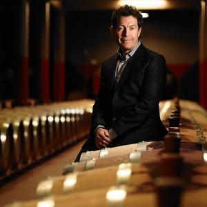 「ペンフォールズ マギル・セラー3 2015」は、4代目のチーフワインメーカー、ピーター・ゲイゴ氏が監修