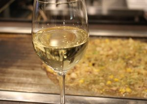 もんじゃ焼きとワイン
