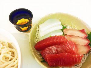 刺身と年越し日本酒