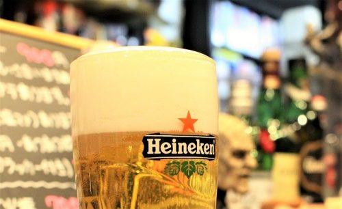 【業界関係者もたびたび出没?】大阪ミナミ心斎橋のサブカル飲み屋「BAR TREK」で昭和特撮&名作SFネタをつまみに絶品生ハイネケンをいただきます