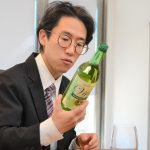 【ソムリエ VS アンダー500円ワイン】プロが真剣に考えるワンコインワインの実力チェックとマリアージュ(2)白ワイン編
