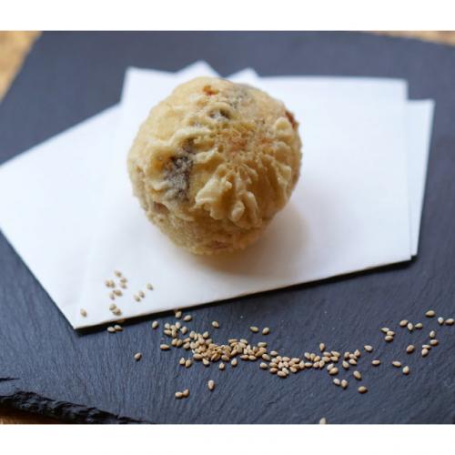 札幌では〆にパフェを食べるそうだが、東京ではごまアイスの天ぷらなんかどう?