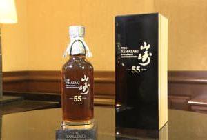 1本300万円のウイスキー 1964年以前の原酒を使用