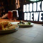 ブルックリン・ブルワリーのフラッグシップ店Beer Bar「B」がエロオシャレ
