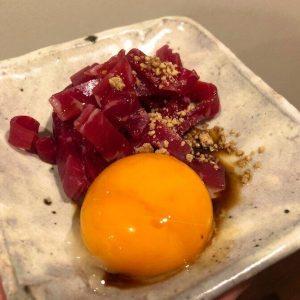 まるで「ユッケ」な牛生ハム ごま油と生卵かけて自宅で「あの味」再現