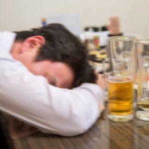 「途中から記憶がない」は問題飲酒…飲み方を変えるポイント
