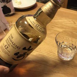 絶対一度は飲んでみてほしい。山崎の「12年」ってやつが信じられないほど美味しかった!